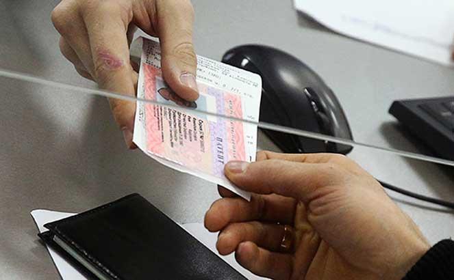 Электронные патенты для трудовых мигрантов могут ввести на всей территории России